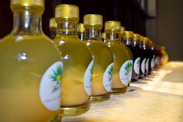 мескаль в бутылках