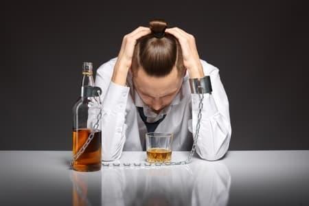 Стадии и симптомы алкоголизма